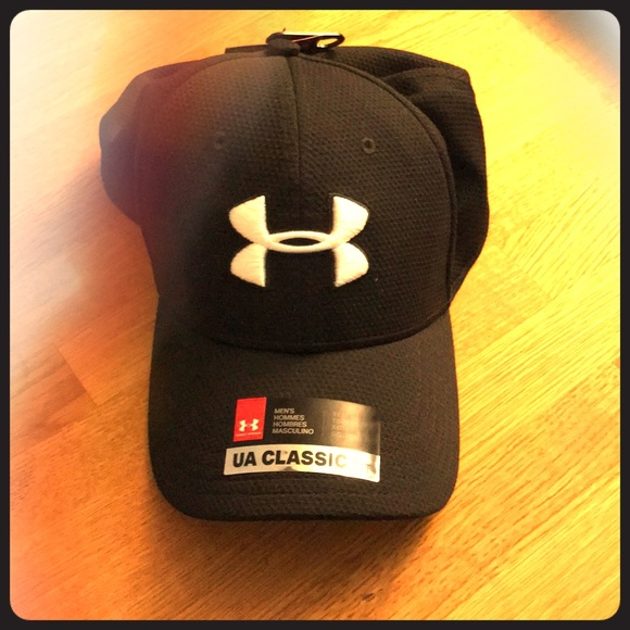 Under Armour workout hat XXL. M 5a6e5aed077b9721ad149324 31502e58890
